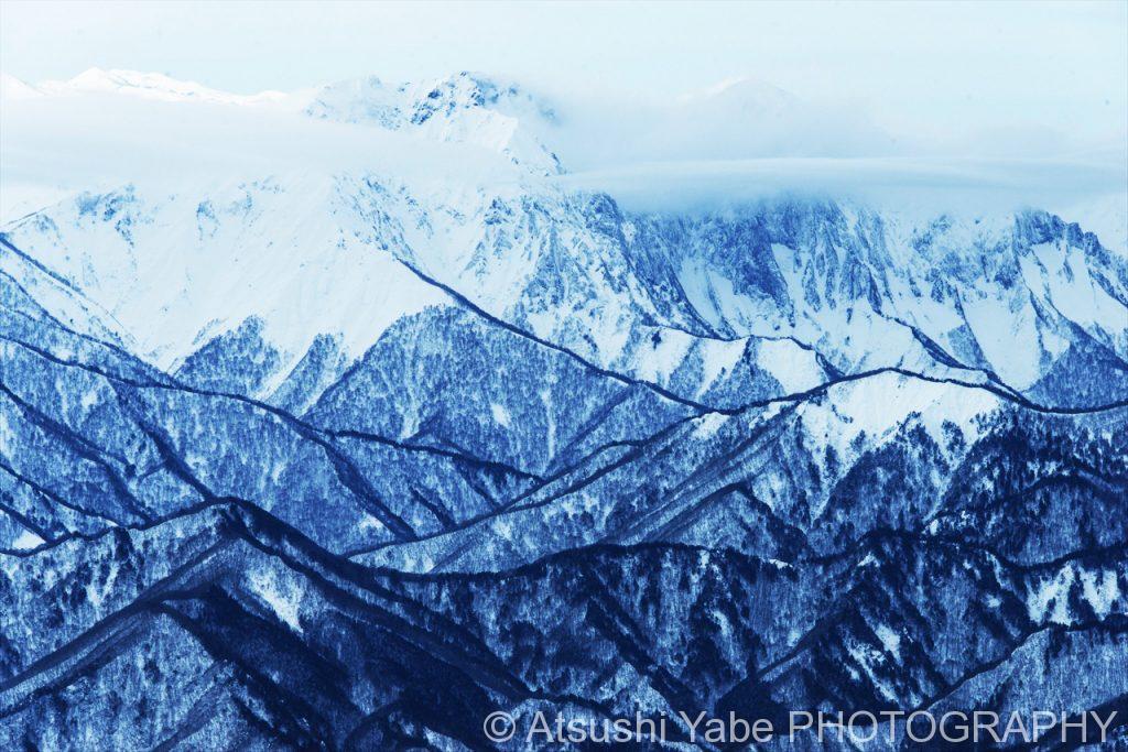 絵にかいたような、雲海と雪山