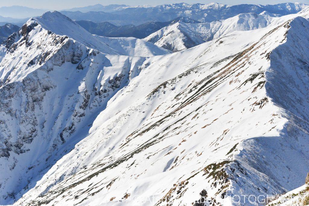 稜線の雪化粧