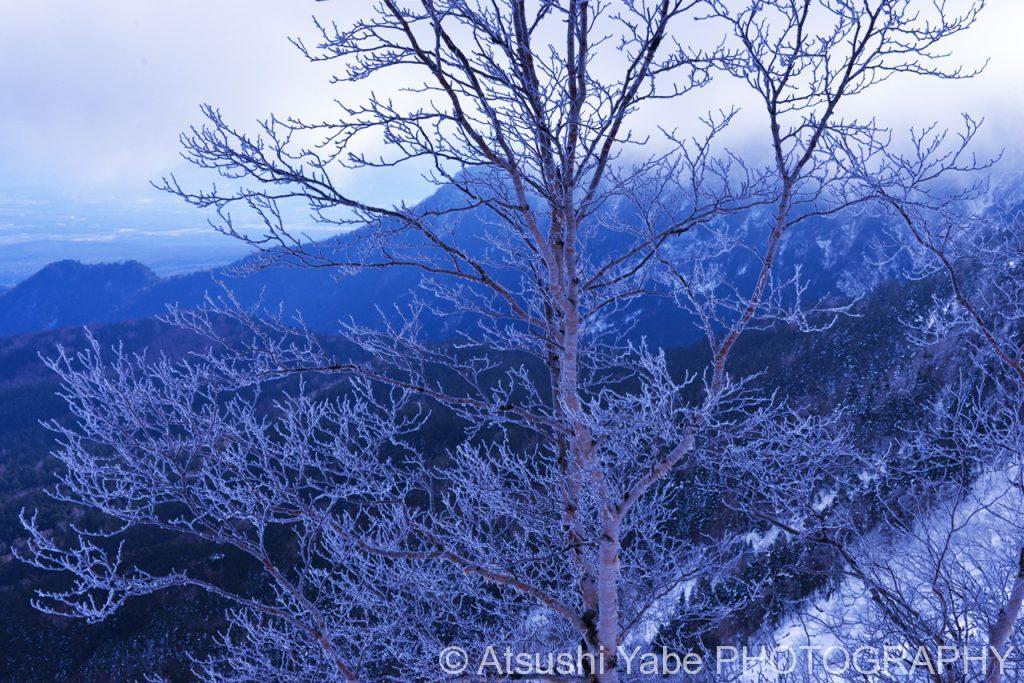 真冬の天狗岳登山 遠くを眺めて・・・